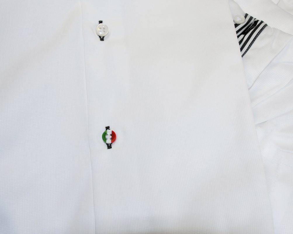 Ultimo bottone tricolore